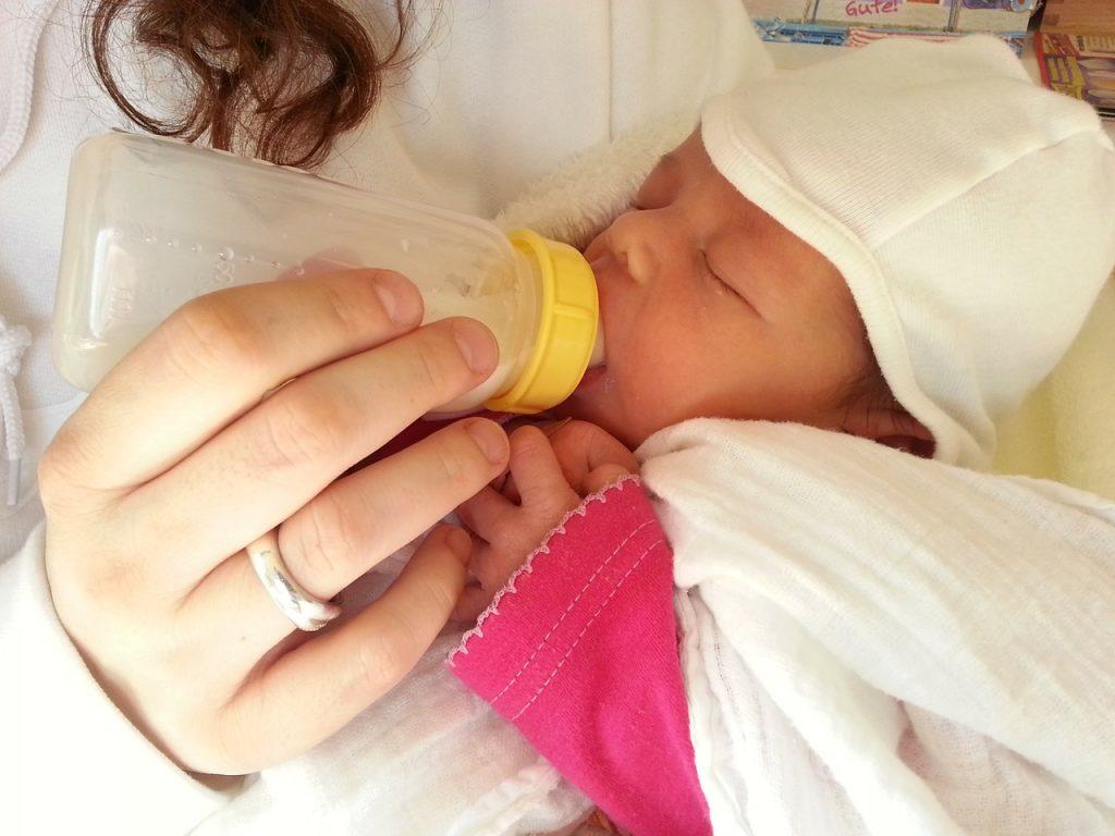 Breast Pump Feeding